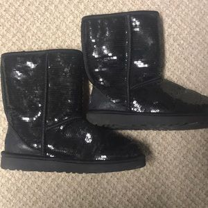 Black Sequined Uggs, Sz 7